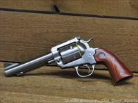 EASY PAY $41 DOWN LAYAWAY MONTHLY PAYMENTS Ruger 45 LC Long Colt Serious handgun fire power Safe cowboy Patented transfer bar mechanism and loading gate 6 Shot nib engraved Stainless Steel Blackhawk 0470 Bisley Traditional SS RoseWood