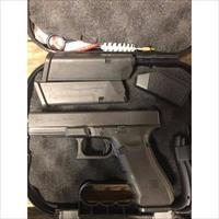 Glock 22 Gen4 40S&W 3-15 round mags, NIGHT SIGHTS Police Trade In's GREAT COND. NO CREDIT CARD FEE