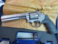 Smith & Wesson 648 .22WMR 6