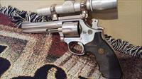 S&W Mod 686-2     6 shot Scoped
