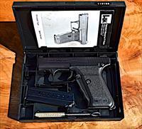 Heckler & Koch P7M8ckler & Koch P7M8