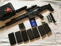 FN SCAR 17 w/ ACOG & many extras