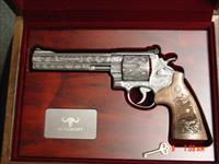 Smith & Wesson 629-6, The Rising Eagle,fully deep relief engraved by Merlin  Enright at Altamonte,6 1