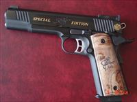 Kimber Gold Match II,NRA High Caliber Club, rare #200 of 200 made,Custom shop,45acp,3 mags,24k lettering,Burl grips,awesome 1911, & last one made,box & manual etc.looks new.