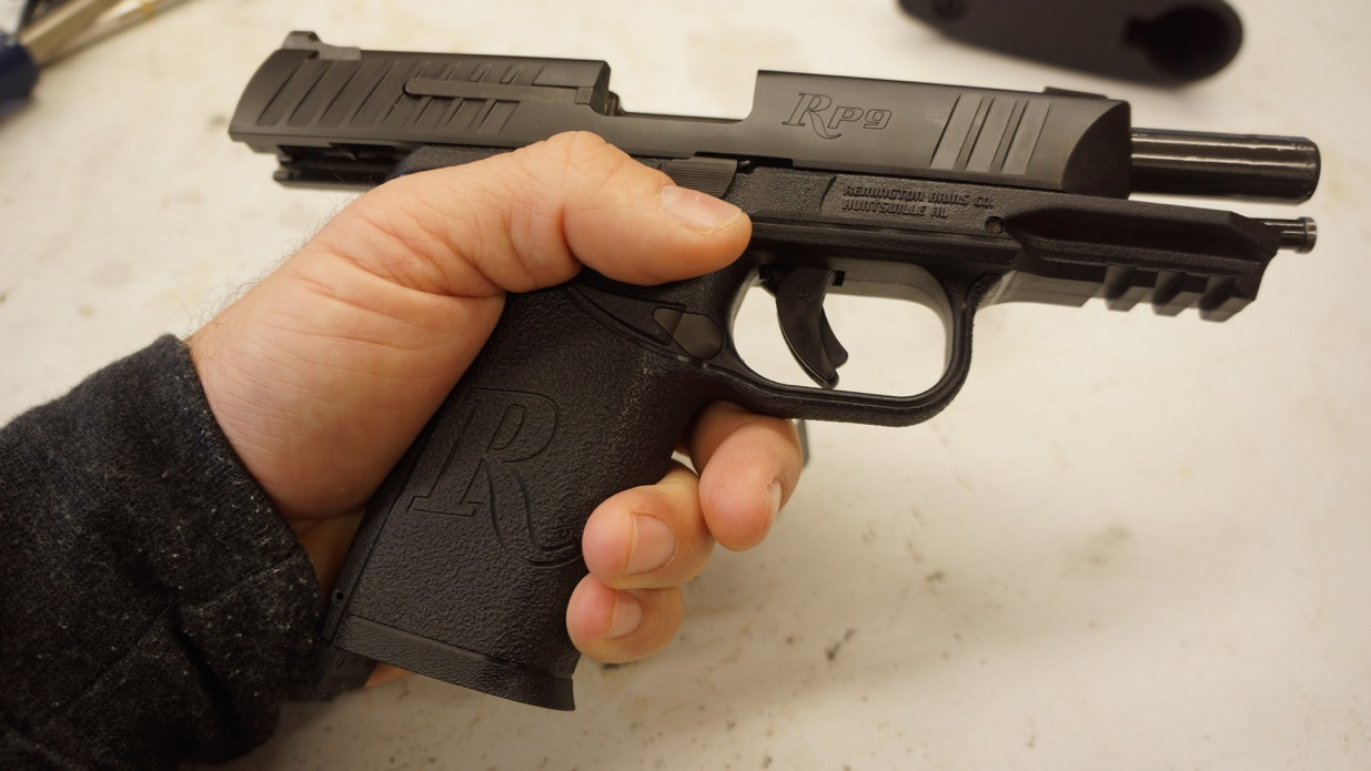 Remington Rp9 Is A Fugly Piece Of St Clays Full Review Shotgunworldcom O Wingmaster Trigger Help Please I Did Not Like The Combination Long And Skinny Grip Paired Up With Large Bulky Slide