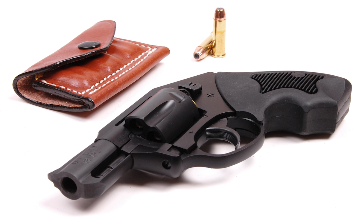 What I love & Hate About the Charter Arms Off Duty  38