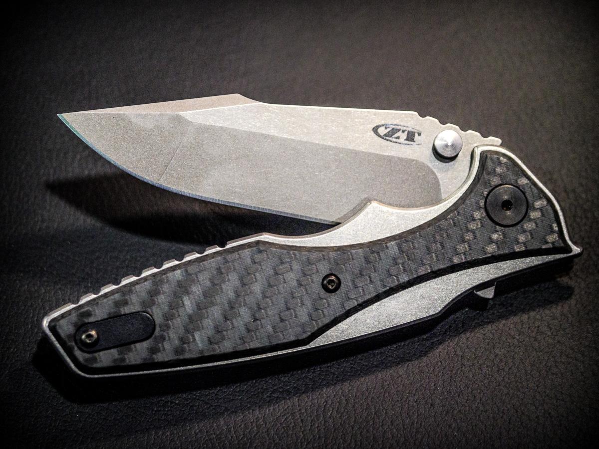 A Glow-In-The-Dark Knife From Zero Tolerance - SHOT Show
