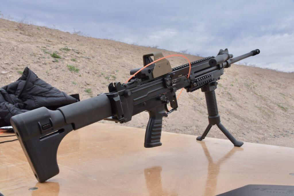Shooting the World's Lightest Machine Gun: The Ultimax 100 ...